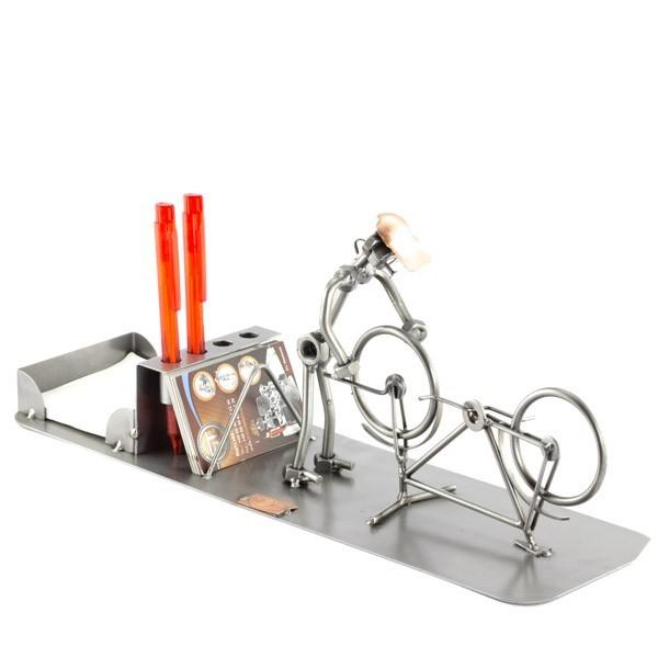 Fahrrad Mechaniker mit Büro Organizer