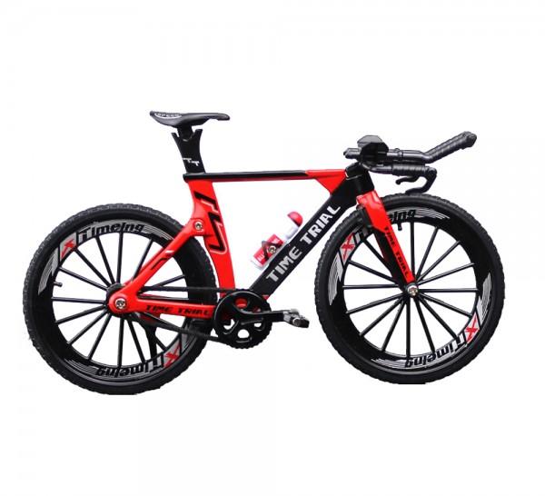Triathlon Rennrad Miniatur Maßstab 1:10 Farbe rot